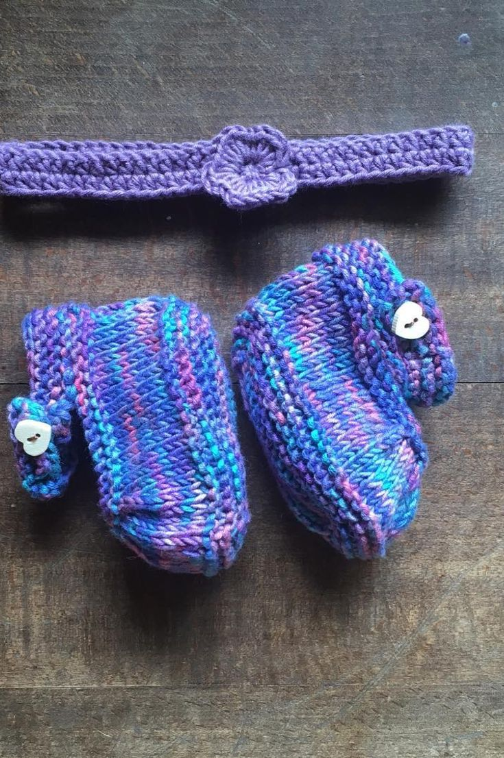 7da6ef0ed ... of your outfits: babies look good no matter what they wear! Here's an  absolutely adorable idea of how to make green zebra boots for the little  ones.