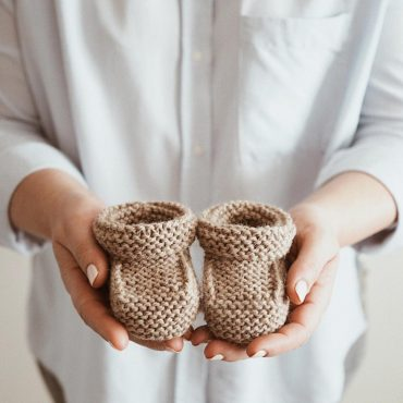 free-pattern-crochet-easy-baby-booties-2019